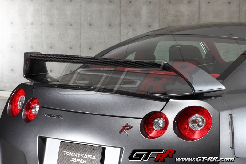 Tommy Kaira FRP Wing with Carbon Center Flap and Carbon Trunk Spoiler